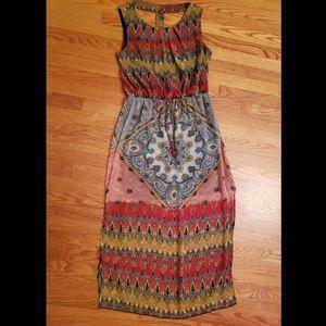 Maxi dress with double leg slit